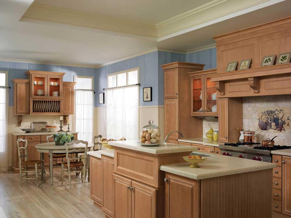 ... Merillat Classic LaBelle Maple Toffee Pearl Glaze Cabinets ...